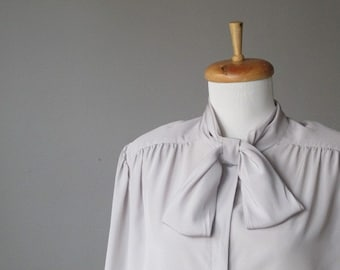 Vintage Gray Bow Collar Blouse Shirt
