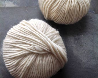 CHUNKY WOOL YARN ~ Stockholm  ~ natural colour and untreated ~ Aran weight