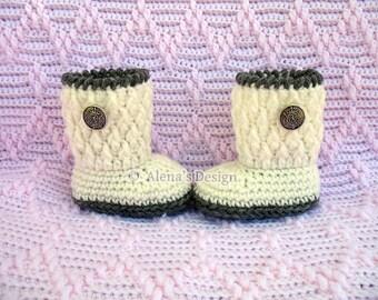 Crochet Pattern 129  - Silver Button Baby Booties 0-3, 3-6, 6-9, 9-12 months Baby Booties Baby Boy Baby Girl Winter Slippers Crochet Pattern
