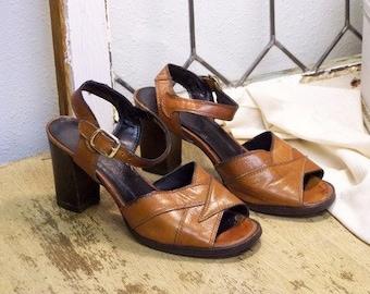 Vintage Dark Tan Leather Sandals
