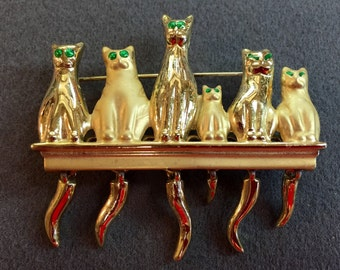 Six Cats, One Brooch!  Articulated tails! Free shipping