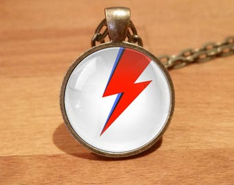 David Bowie necklace, David Bowie pendant, Ziggy Stardust, Ziggy lightning bolt Antique Bronze necklace (8)