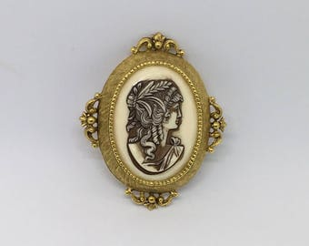 Signed Florenza Cameo Brooch Pin Vintage