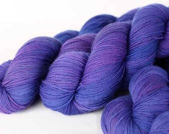 TONAL: ULTRAVIOLET 463 yards on 'Posh' Sock Yarn/ 4 ply merino, kettle dyed tonal yarn