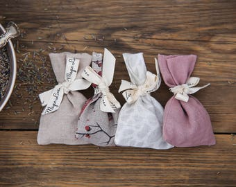 Linen lavender sachet. Fragrant lavender bag with real lavender buds inside. Natural scents.