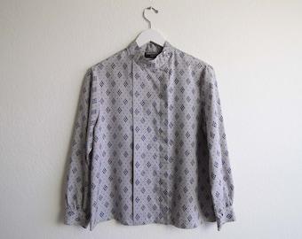 VINTAGE Bluse 1980er Jahre Silber Print Longsleeve Shirt Womens Top Medium