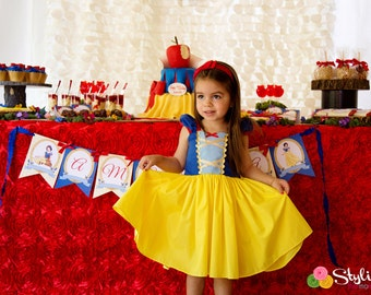 SNOW WHITE dress girls princess dress  practical princess dress style costume