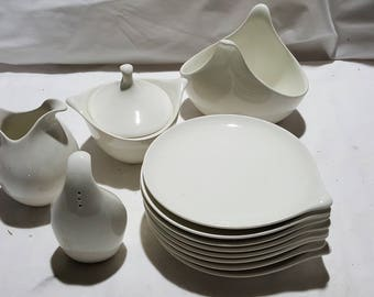 12 Pieces Eva Zeisel Hall China Hallcraft Century Classic   Available By  The Piece Or In