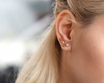 Star ear climbers Stars ear crawler gift|for|girlfriend minimalist earrings minimalist jewelry ear climber earrings ear crawlers earrings