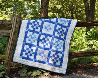 Modern baby quilt /  play mat / crib quilt / baby shower gift