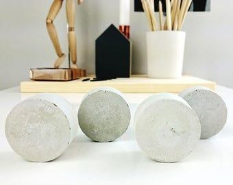 Concrete drawer knobs set of 4 | modern drawer knob | concrete decor | minimalist gift idea | round shape drawer knob | concrete decor