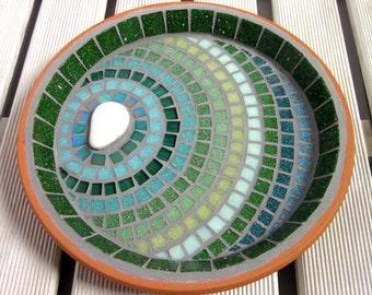 Verdant Ripple Mosaic Garden Yard Bird Bath Decoration Ornament