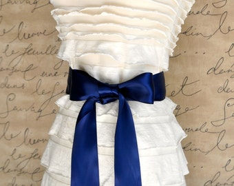 Satin sash in your choice of colors. Bridal belt Bridesmaids sash Flower Girl sash. Navy blue shown