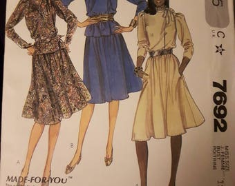 McCall's 7692, Blouse and Skirt Pattern