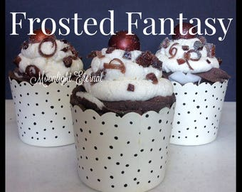 Frosted Fantasy Cupcake Bath Bomb - Buttercream Bath Bomb - Bubble Cream Icing - 2-in-1 - Bath Bomb and Bubble Bath