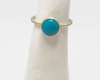 Turquoise stacking ring, sterling silver, turquoise solitaire, SIze M/ 6.5, 8mm, UK