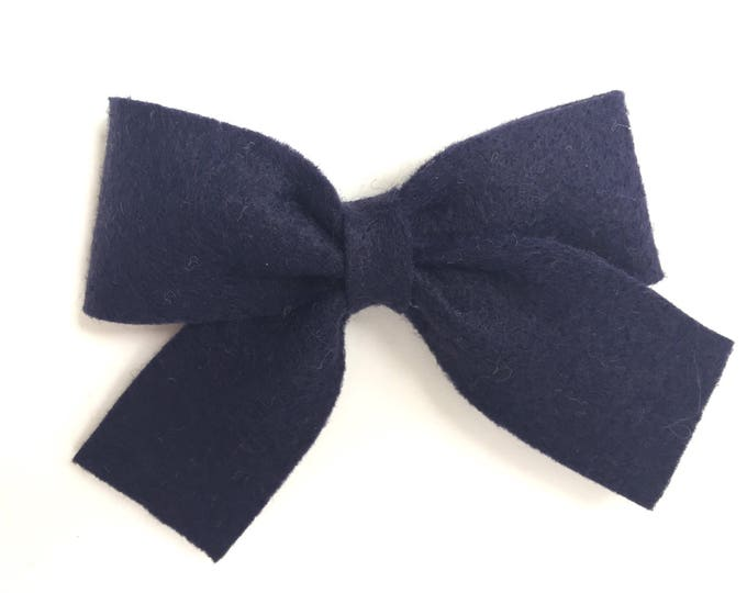 Navy blue felt hair bow - felt bows, hair bows, girls bows, baby bows, girls hair bows, felt hair bows, hair bows for girls, toddler bows