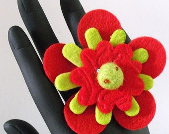 Mariah          (Funky Felt Flowers Cocktail Ring)