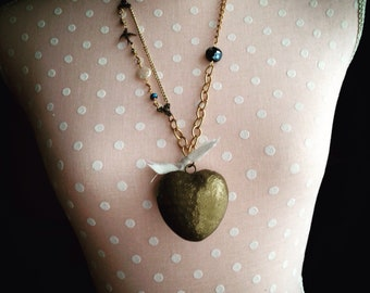 """Puffy Heart Necklace; Beaded Necklace; Thrifted Jewelry; Assemblage Jewelry; Vintage Jewelry; """"Mi Amore"""""""