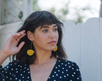 Pom Pom Earrings Small