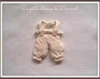 Plaster decorative kids overalls