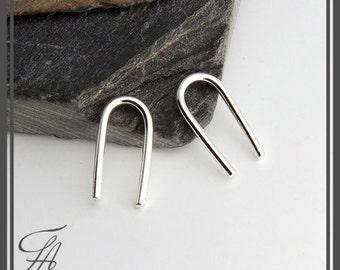 Silver Arc Earrings, Minimalist Arc Silver Line Earrings, Horseshoe Earrings, Silver Bar Earrings, Line Wishbone Earrings, THIN 13x1mm