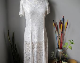 1980s Vintage Lace Wedding Dress