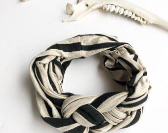 Sailor's Knot Headband - B&W