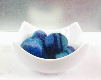NEW Essential Oil diffuser. Aromatherapy, Fragrance DIFFUSER, Felted pebbles. Original gift, Wool nuggets, Decorative felted stones