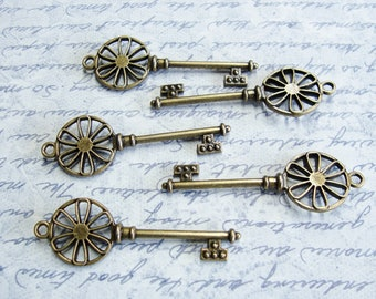 Antique Bronze Skeleton Key, Steampunk Key charm, Victorian Key, Key To My Heart, 64mm x 21mm 5 Pieces