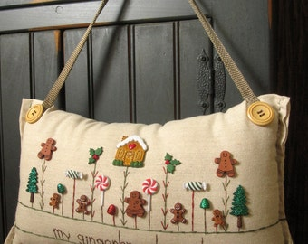 """Hanging Pillow: """"My Gingerbread Garden"""" (Cottage Style)"""