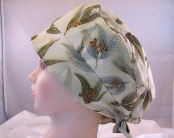 Women's Pixie Scrub Hat Green Leaves