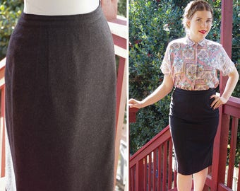 """DARK Gray 1950's 60's Vintage Smooth Felted Wool Pencil Skirt // size Small Medium W 28 29"""""""