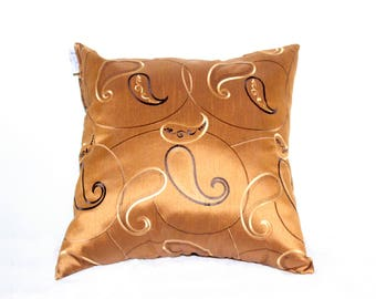 22 x 22 Throw Pillows