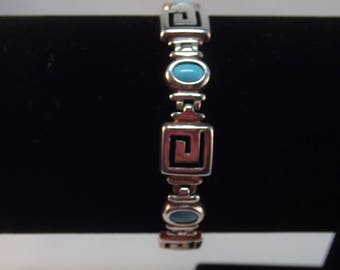 Beautiful Silver Bracelet set with Turquoise Stones