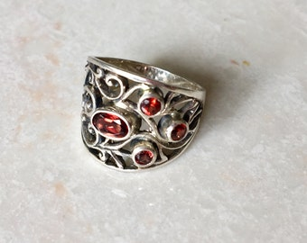 Sterling silver garnet intricate ring- statement ring- silver gemstone ring- Mothers day gift idea