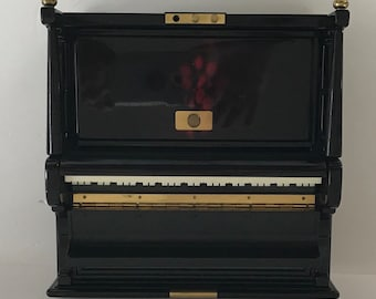 Astride Vintage Piano Music/Jewelry Box Keepsake Black Laquer Storage
