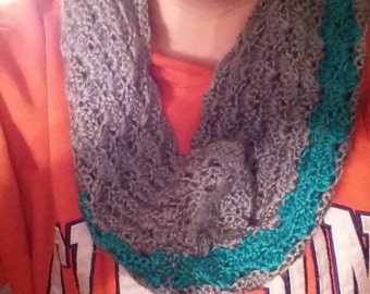scalloped grey and teal cowl
