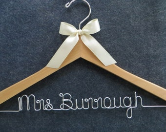 Wedding Dress Hanger, Bride Hanger, Personalized Hanger, Bridal Hanger, Wedding Coat Hanger, Wedding Shower Gift. Engagement Party Gift
