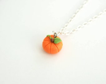 Pumpkin Necklace, fall gift, halloween necklace, fall necklace, autumn gift, miniature pumpkin necklace, thanksgiving necklace, pumpkin