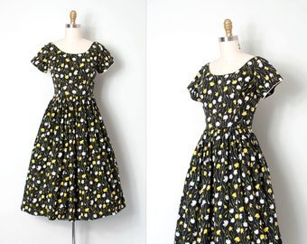 vintage 1950s dress / 50s black floral dress / Fields of Dandelions