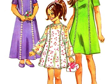 Child's Dress Pattern 1970s Simplicity Children's Vintage Sewing Long Short Princess Seam Girl's Size 4