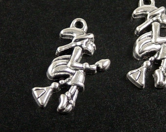 CLEARANCE Jewelry WICKED WITCH Halloween Charms 16 Silver 25mm x 14mm x 4mm (1063chm25s1)os