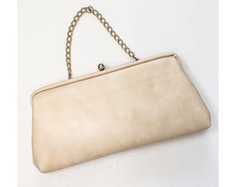 1950s 1960s White & Gold Leather Small Handbag // Mid Century Handbag Clutch // 50s 60s Ivory Cream Faux Leather Small Handbag Chain Clutch