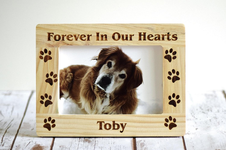 Pet-Memorial Rahmen für immer In unseren Herzen Paw Prints