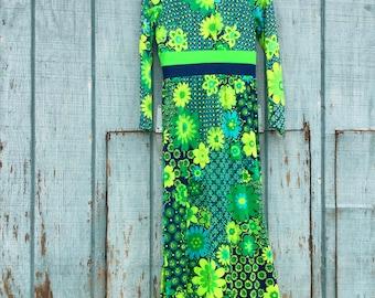 Super Cool Long 1970s Psychedelic Maxi Dress