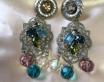 "Vintage 70's ""FILIGREE DANGLE EARRINGS"" Clip Ons with Assorted Faceted Sparkly Beads - SilverToned"