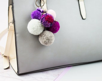 Pocket pendant Pompon, pocket accessory, keychain Pompon, Pocket accessory Pompon, Pompon pendant, pompoms pink, purple tassel