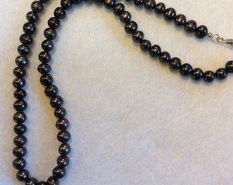 """18"""" Strand of Black Freshwater Water Pearls with Sterling Silver Clasp"""