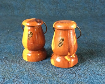 Vintage Wooden Salt and Pepper Shakers, Farmhouse Kitchen